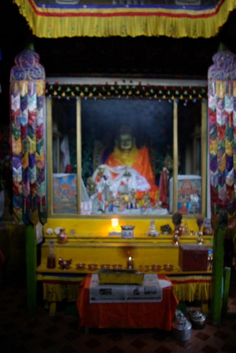 A tutaj już zdjęcie z wewnątrz monastyru poświęconego Buddzie.