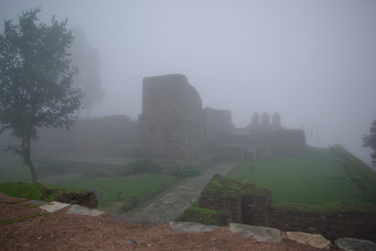 Ruiny kompleksu pałacowego dawnych króli Sikkimu